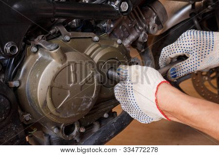 The Process Of Diagnosing An Engine On A Motorcycle.