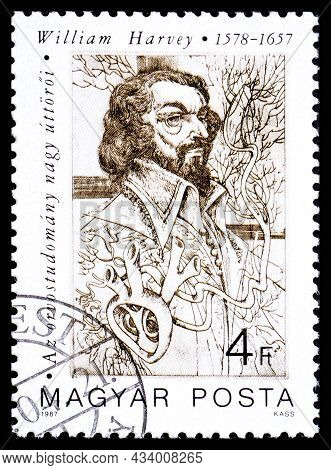Hungary - Circa 1987: A Stamp Printed In Hungary From The Pioneers Of Medicine 1st Series Issue Show