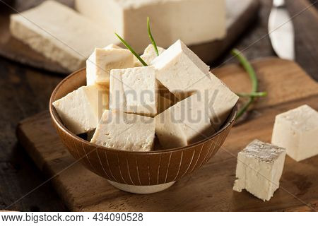 Taiwanese Tofu Food, Tofu Pudding, Soybean Pudding.