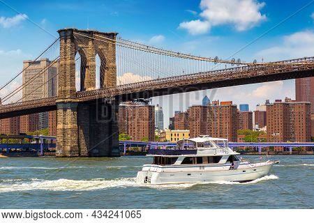 Brooklyn Bridge In New York City, Ny, Usa