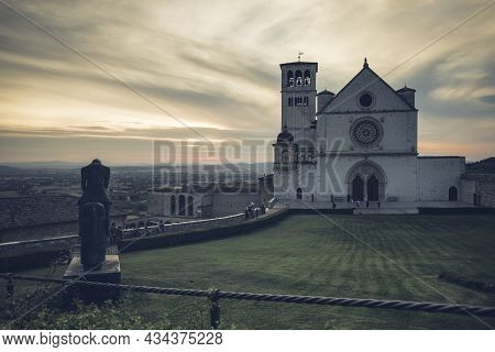 Assisi, Italy - September 14, 2021: Overview Of The Basilica Of San Francesco In Assisi, Umbria