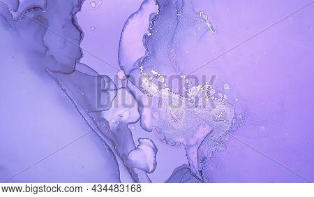 Purple Liquid Paint. Gray Luxury Acrylic Art Illustration. Abstract Marble Effect. Gradient Liquid P