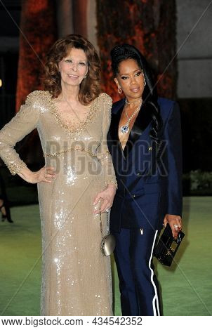 Sophia Loren and Regina King at the Academy Museum of Motion Pictures Opening Gala held in Los Angeles, USA on September 25, 2021.
