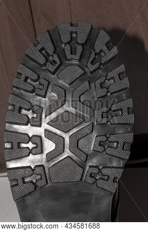Rubber Sole Of Military Boots With Tread.studded Sole Of Military Boots Top View.