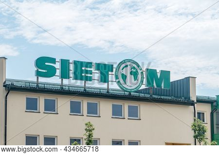 Gdansk, Poland - July 7, 2021: Logo And Sign Of Sietom. Sietom Is Company Selling And Delivery Of Co