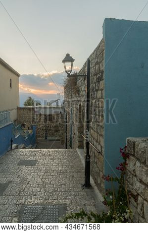 Safed, Israel - September 28, 2021: Sunset View Of An Alley In The Jewish Quarter, The Old City Of S