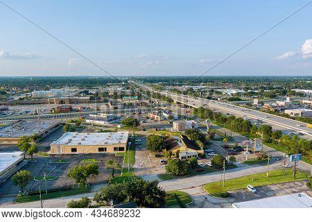 20 September 2021 Houston, Tx Usa: Aerial Top View Of Typical A Houston City Texas Shopping Center W