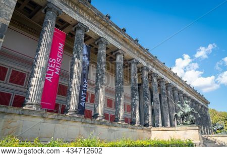 Berlin, Germany - August 28 2017; Altes Museum Is A Listed Building On The Museum Island In The Hist