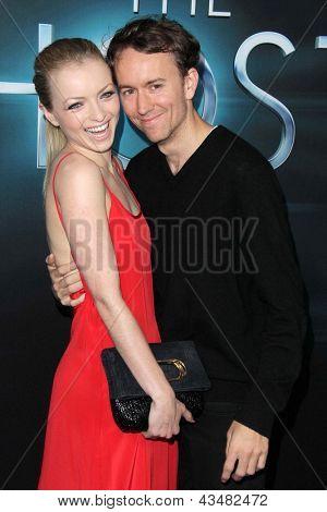 LOS ANGELES - MAR 19:  Francesca Eastwood, Tyler Shields arrive at