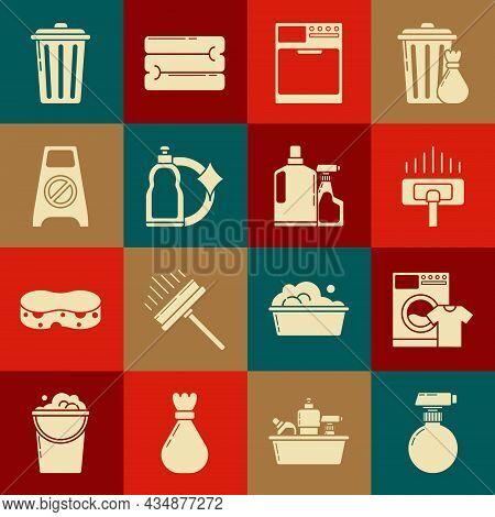 Set , Washer And T-shirt, Vacuum Cleaner, Plastic Bottles For Liquid Dishwashing Liquid, Wet Floor C