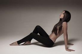 Young Woman Wearing Leggings.