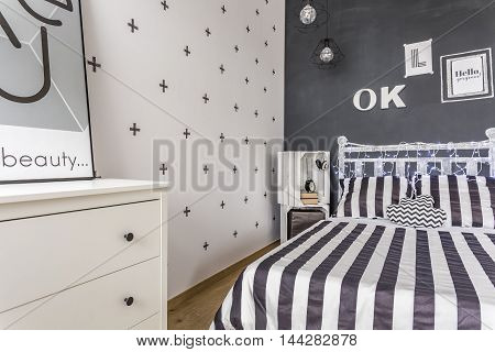 Creative Style Black And White Bedroom