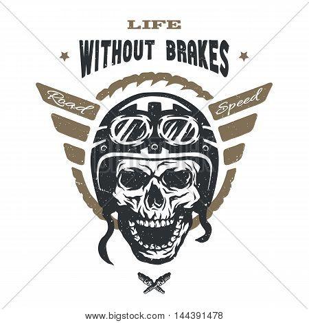 Racer skull in helmet. Vintage style. Emblem t-shirt desig.