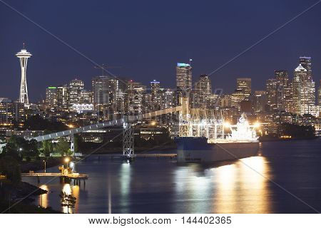 The view of Seattle downtown at night (Washington).