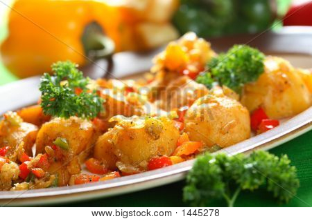Potatoes With Dressing And Pepper