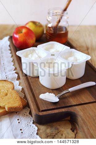 Fresh cheese toast honey and two apples