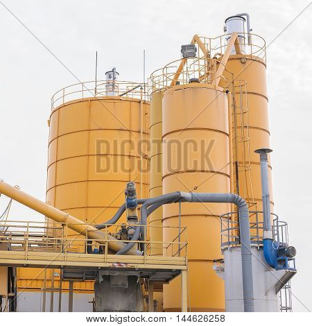 Silos For The Production Of The Beton