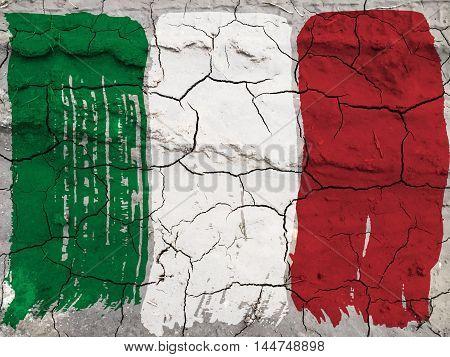 Italian flag grunge style. Italian flag on cracked background
