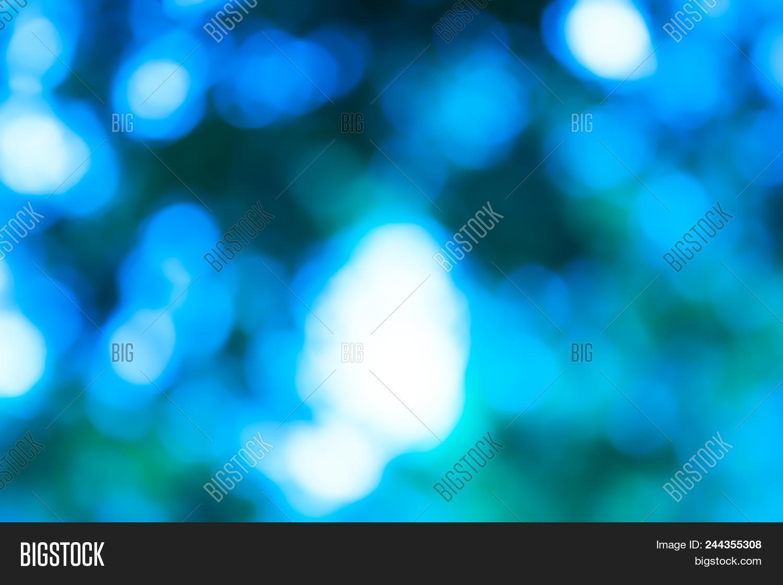 5c4ebf47cc Light Blue Gradient Background   Blue Radial Gradient Effect Wallpaper