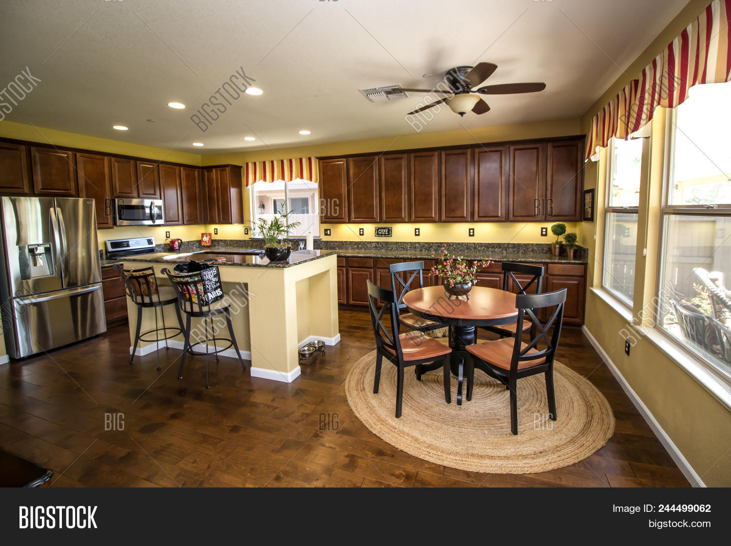 Picture of: Modern Kitchen Island Image Photo Free Trial Bigstock