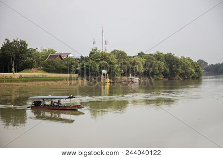 22 March 2018 ,ayuthaya, Thailand. Travel In Ayuthaya Thailand Riverside. Thai Tourism Old Town Conc