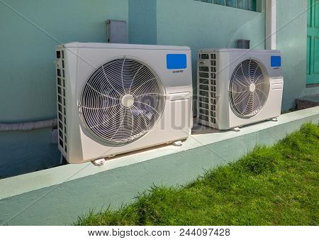 High Efficiency Modern Ac-heater Inverter Units, Energy Save Solution-horizontal, Outside An Apartme