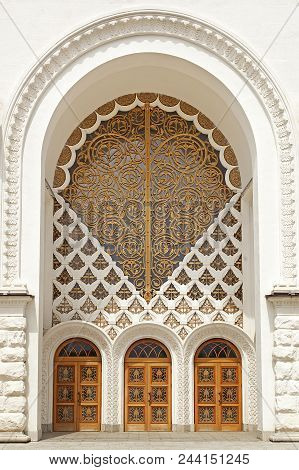 Beautiful Entrance Doors With Patterns And Carvings.