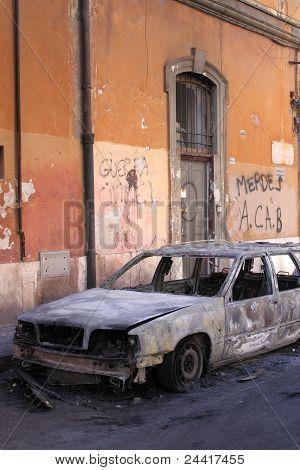 Blazed Car In Rome