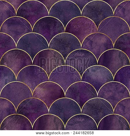 Mermaid Fish Scale Wave Japanese Luxury Seamless Pattern. Watercolor Hand Drawn Dark Purple Pink Bac