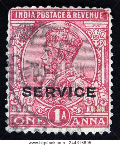 Moscow, Russia - April 2, 2017: A Post Stamp Printed In India Shows King George Vi, Circa 1943
