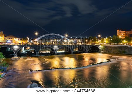 Rochester, Ny - May 14, 2018: Broad Street Bridge In Rochester, New York Along The Genesee River At
