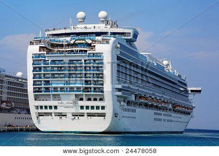Grand-class Cruise Ship