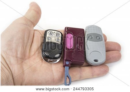 Different Garage Wireless Remote Controls For Opening And Closing