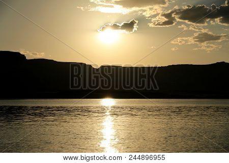 Summer Time In Lake Powell Of Utah