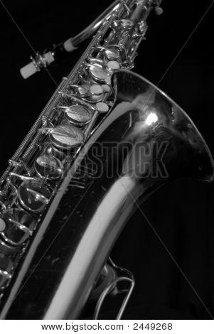 diagonal sax