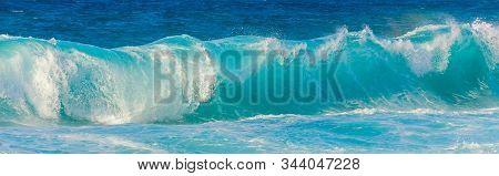 Big Wave At The Pacific Ocean On Oahu, Hawaii