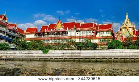 Wat Soi Thong In Bangkok, Thailand. The Temple Is On The Banks Of The Chao Phraya River In Bang Sue