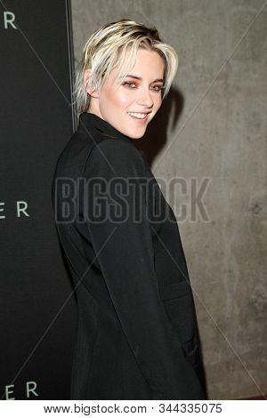 LOS ANGELES - JAN 7:  Kristen Stewart at the