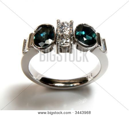 Diamond And Green Sapphire Ring