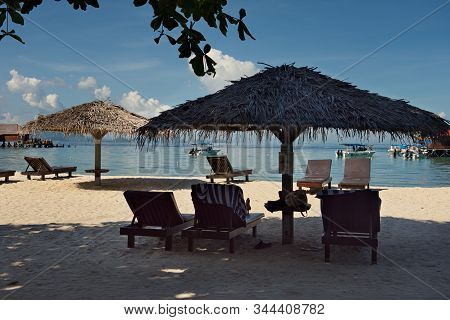 Malaysia. Mabul Island, On The West Coast Of Borneo, Is Famous For Its Picturesque Diving And Touris