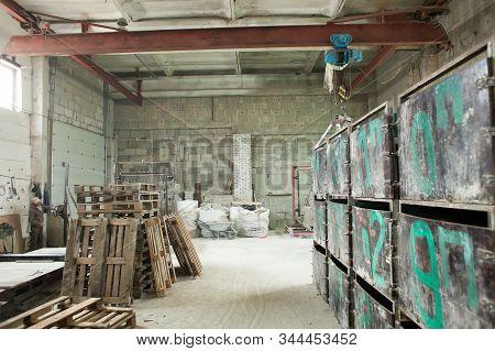 Foam Concrete Blocks Production. Lightweight Construction Brick. Lightweight Foamed Gypsum Block.**