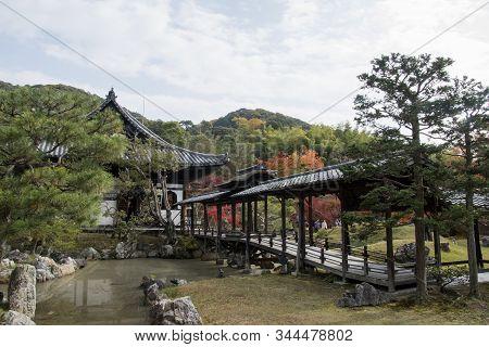 Kyoto, Japan- 27 Nov, 2019: The Kangetsu-dai Bridge In The Garden (moon Viewing Pavilion) At Kodaiji