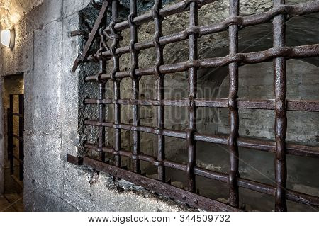 Venice, Italy - May 21, 2017: Old Prison At The Doge`s Palace (palazzo Ducale). It Is A Famous Touri