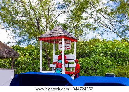 Half Moon Cay, Bahamas - December 02, 2019: Colorful Lifeguard Station At The Beach Of Half Moon Cay