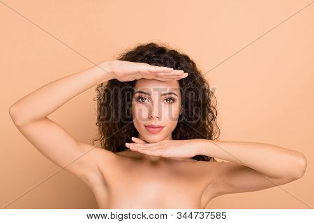 Close-up Portrait Of Her She Nice-looking Attractive Lovely Gorgeous Groomed Perfect Confident Wavy-
