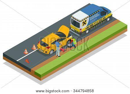 Online Roadside Assistance. Automobile Repair Service, Road Accident, Car Trouble. Broken Car And Em