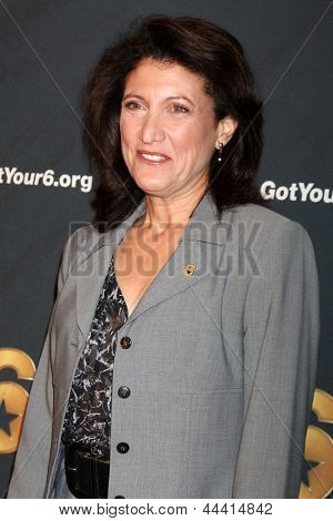 LOS ANGELES - MAY 10:  Amy Aquino arrives  at the Launch of