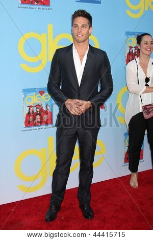 LOS ANGELES - SEP 12:  Dean Geyer arrives at the Glee 4th Season Premiere Screening at Paramount Theater on September 12, 2012 in Los Angeles, CA