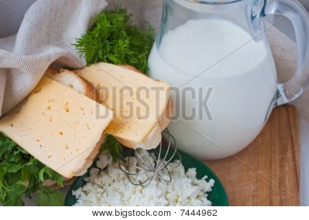 Sandwiches With Cheese, Dill, Milk, Curd