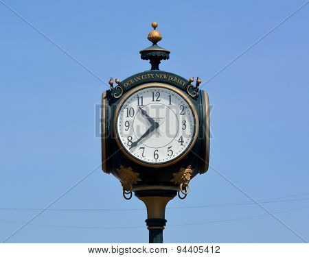 Large Boardwalk Clock